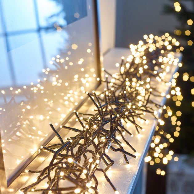 2000 Warm White LED Cluster Christmas Lights (29m Lit Length)