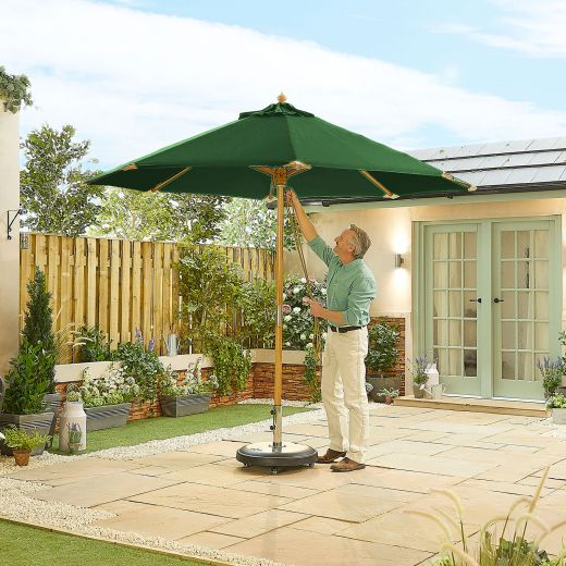Dominica Deluxe 3m Round Wooden Parasol - Double Pulley Operated - Green